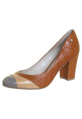 Sapato Scarpin Capodarte Salto Grosso Monograma Marrom