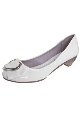 Sapato Scarpin Anna Flynn Coração Branco