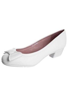 Sapato Scarpin Moleca Saltinho Laço Branco