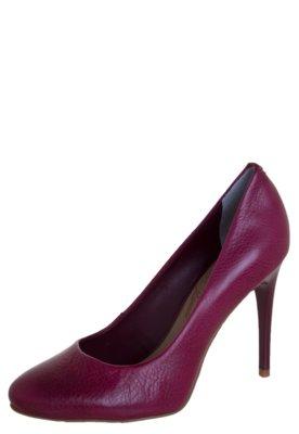 Sapato Scarpin Lillys Closet Hunter Burgundy Rosa - Lilly's ...