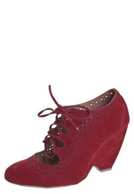 Sapato Scarpin Di Cristalli Salto Médio Vermelha
