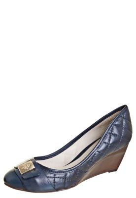 Sapato Scarpin Capodarte Anabela Baixo Matelassê Azul