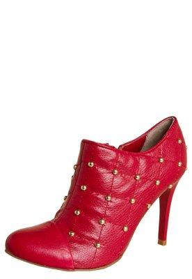 Ankle Boot Lilly's Closet Matelassê e Cravinhos Vermelha