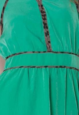 Vestido NightStar Recorte Verde