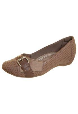 Sapato Scarpin Elástico Joanete Fivela Bege - Usaflex