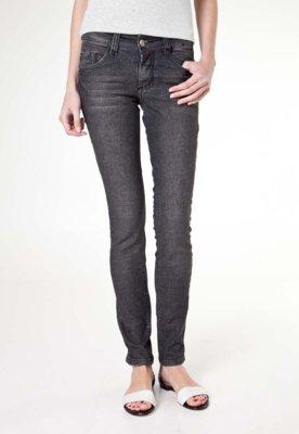 Calça Jeans Biotipo Cigarrete Doll Preta