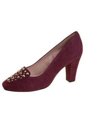 Sapato Scarpin Pink Connection Tachas Vinho