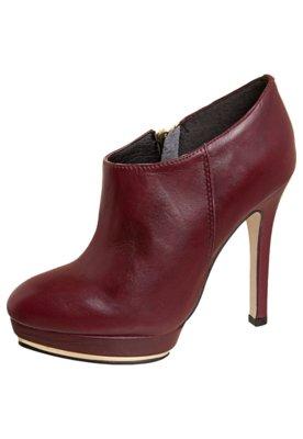 Ankle Boot Detalhe Metalizado Vinho - Bottero