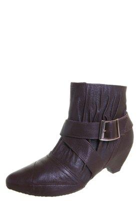 Ankle Boot Ramarim Total Comfort Baixa Fivela Marrom
