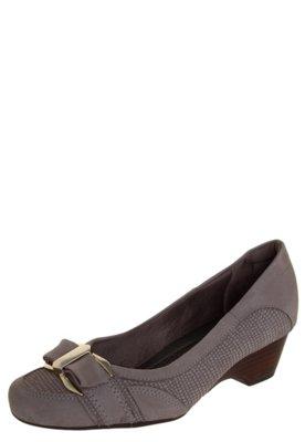 Sapato Scarpin Usaflex Bico Redondo Laço com Metal Cinza