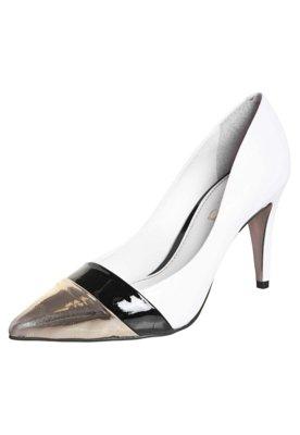 Sapato Scarpin Esdra Biqueira Metalizada Branco