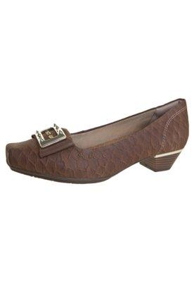 Sapato Scarpin Comfortflex Salto Baixo Fivela Marrom