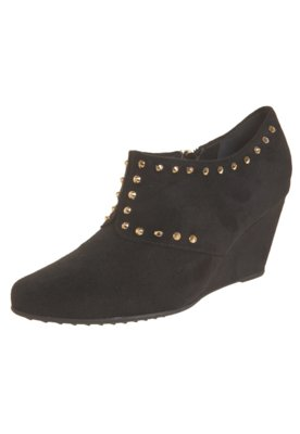 Ankle Boot Piccadilly Anabela Bico Fino SPikes Preta