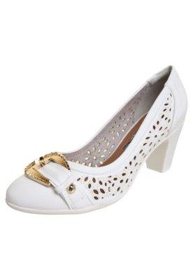 Sapato Scarpin Piccadilly Vazado Laser Fivela Branco
