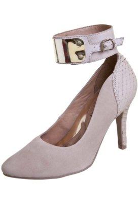 Sapato Scarpin Ramarim Pulseira Metal Bege
