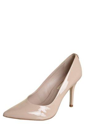 Sapato Scarpin Jorge Bischoff Liso Bico Fino Verniz Nude